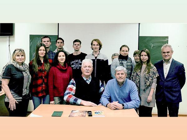 100-летие Михаила Калашникова решили отметить литературными чтениями