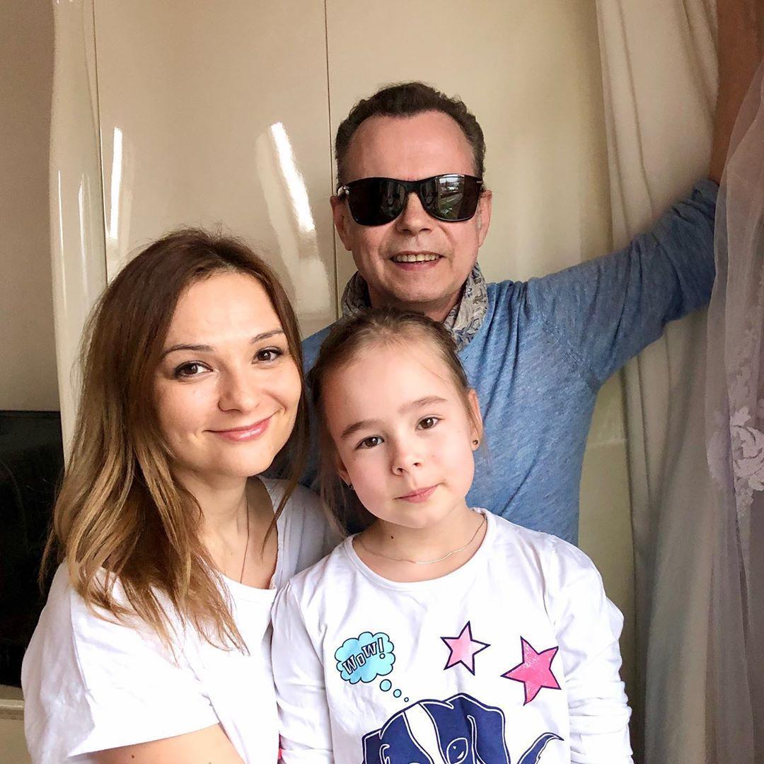 Российские знаменитости и пользователи Сети выпустили клип, посвященный Дню Победы
