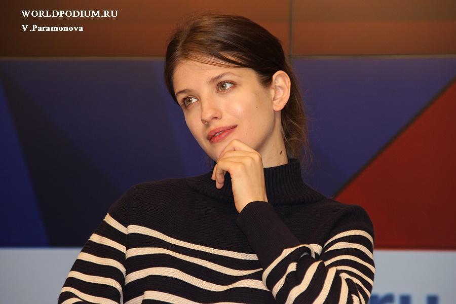 «Чистое искусство» всегда «О любви»: Анна Чиповская отмечает День рождения