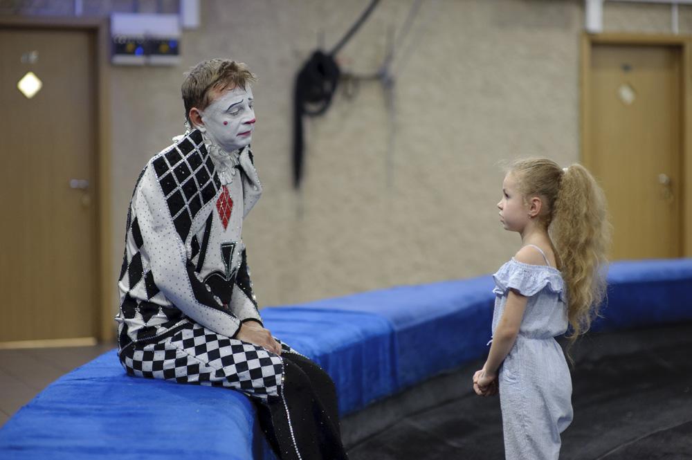 Выставка фотографий «За кулисами цирка»