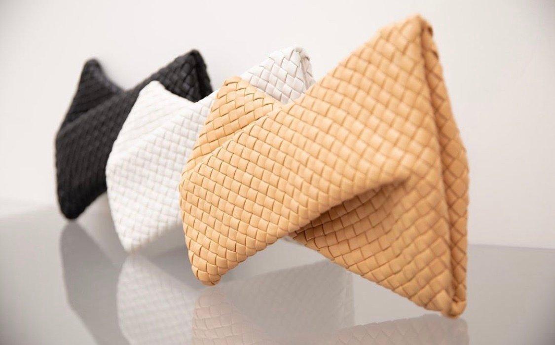 Архитектурные мотивы в дизайне сумок - один из трендов осени