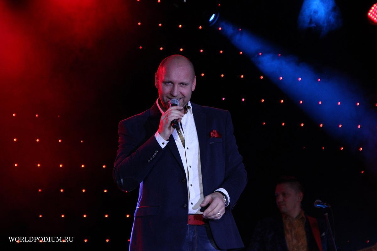 Виталий Аксёнов выступит с большим юбилейным концертом в Государственном Кремлевском Дворце