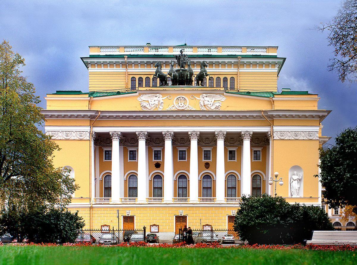 Сбербанк и Александринский театр подписали соглашение о сотрудничестве
