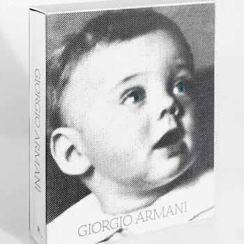 Джорджо Армани представит в Москве автобиографию