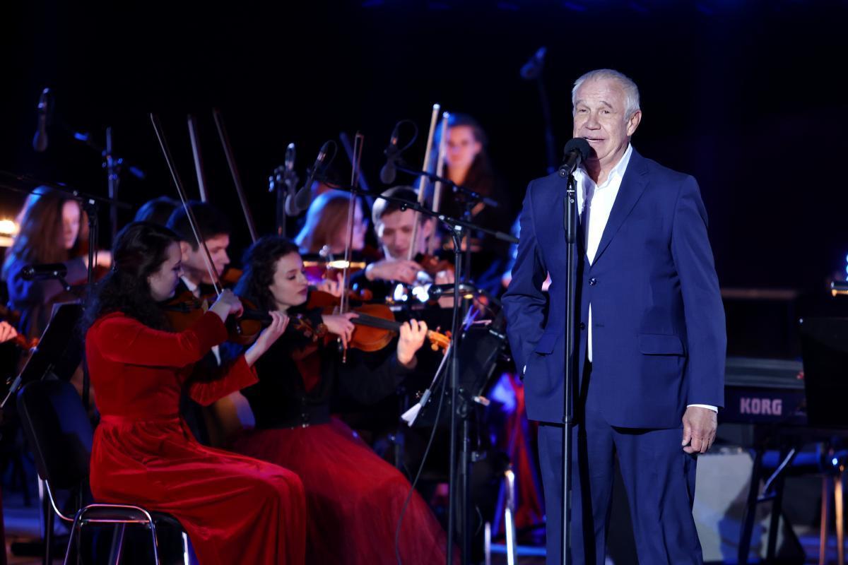 На Байконуре состоялся праздничный концерт «Юбилей полёта человека в Космос»