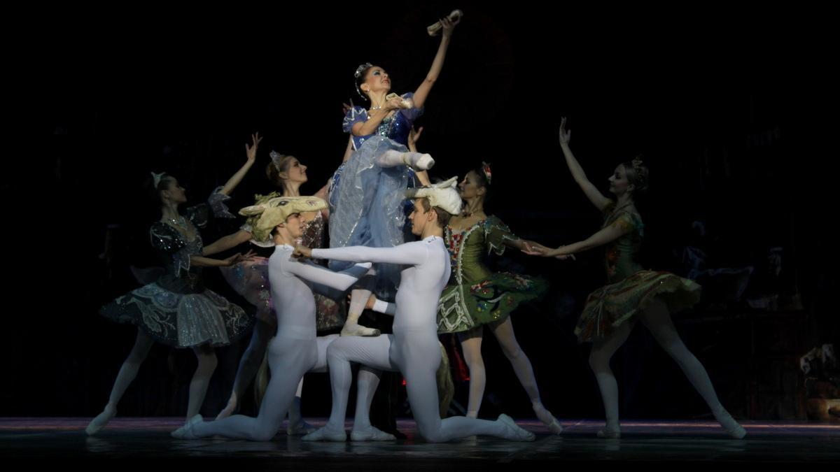 В Белоруссии состоятся «Большие гастроли» Государственного академического театра классического балета Н. Касаткиной и В. Василёва