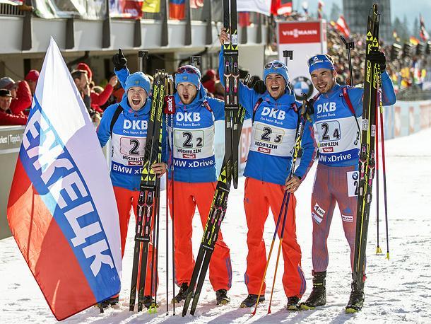 Российские биатлонисты завоевали золото в эстафете на ЧМ в Австрии