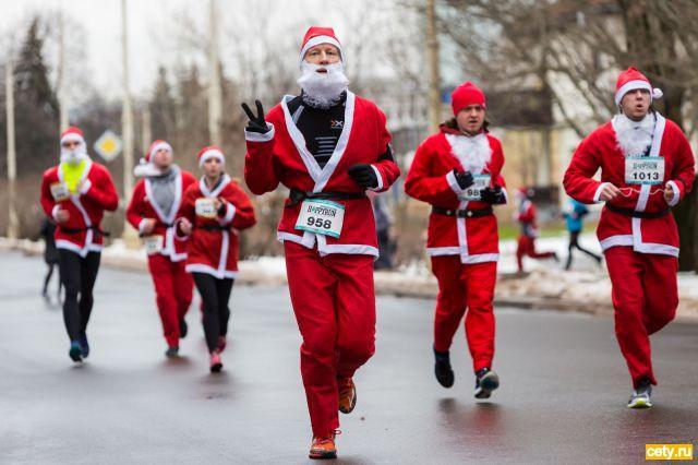 Деды Морозы пробегут по ВДНХ ради помощи тяжелобольным детям
