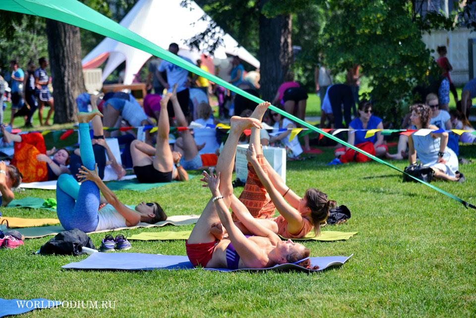 2-ой Международный День Йоги прошел в парке искусств МУЗЕОН