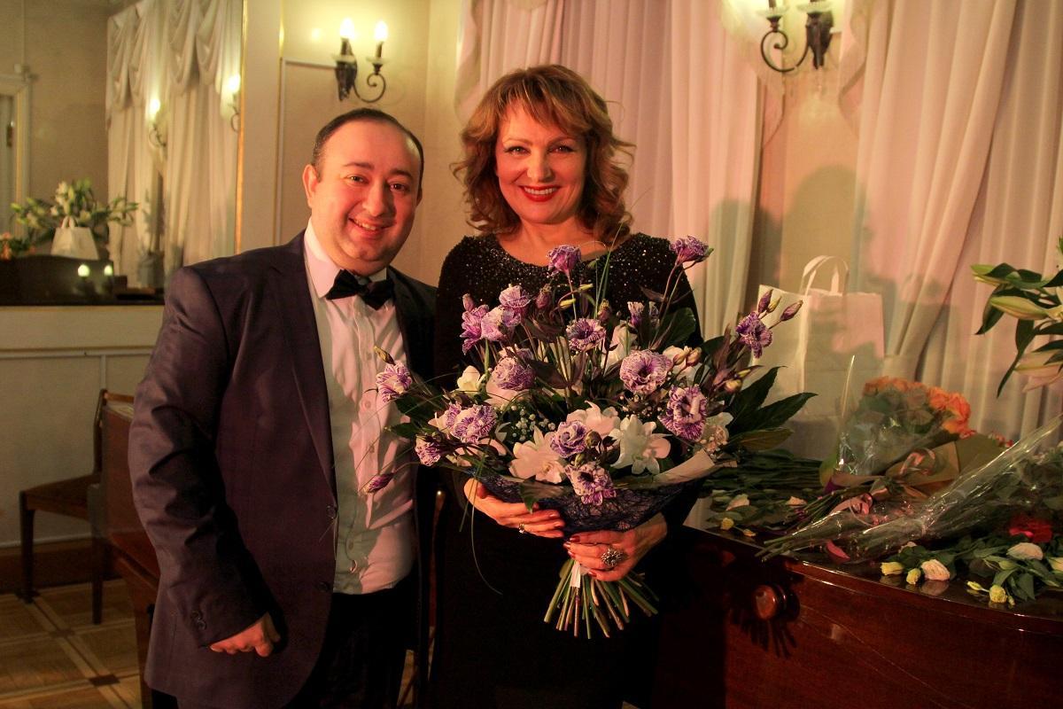 Звезда московских мюзиклов Елена Чарквиани представила премьерную концертную программу