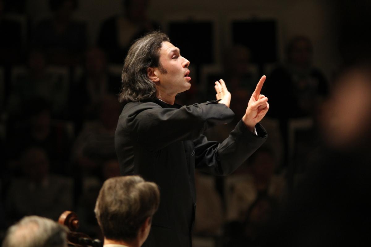 Государственный академический симфонический оркестр России имени Е.Ф. Светланова в Большом зале Петербургской филармонии