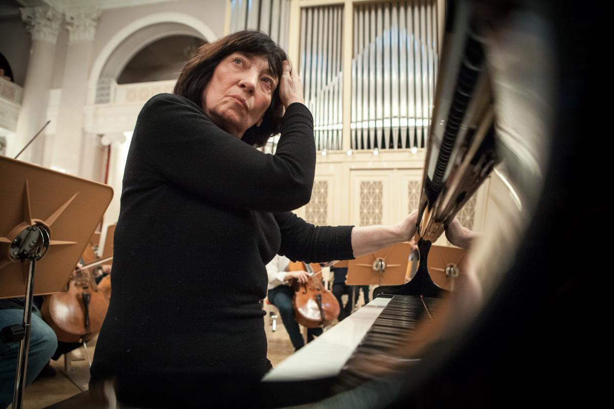 Элисо Вирсаладзе посвятит сольный концерт в Большом зале Петербургской филармонии музыке Моцарта