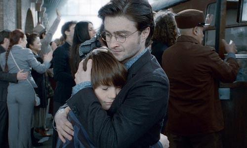 Новая книга Джоан Ролинг о сыне Гарри Поттера выйдет в июле