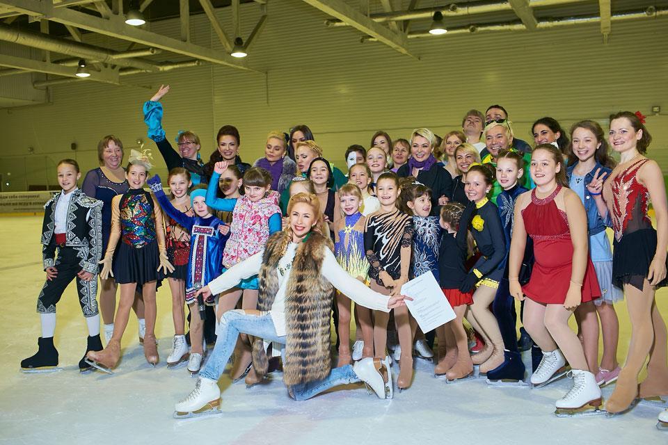 Звезды наградили лучших учеников школы Анастасии Гребенкиной