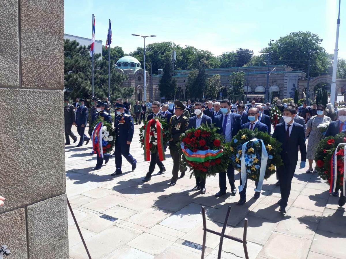 Посол Белоруссии в Сербии возложил венок в честь Дня Победы