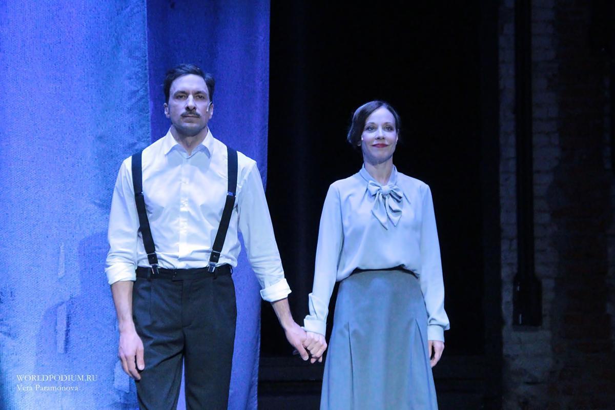 Анна Дубровская и Григорий Антипенко в спектакле «Обещание на рассвете»: «Моя жизнь была слепой погоней за чем-то…»