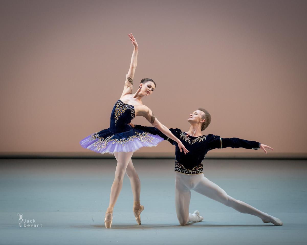 Фестиваль мирового балета «Бенуа де ла Данс» впервые покажет в Интернете фрагменты архивных записей своих гала-концертов