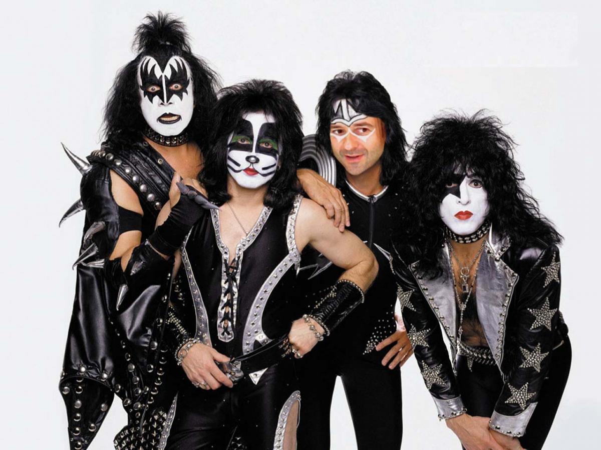 Группа Kiss выступит 11 июля в Петербурге