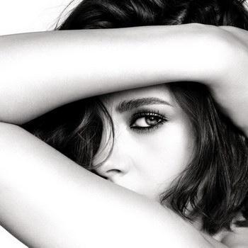 Кристен Стюарт стала новым лицом Chanel Makeup