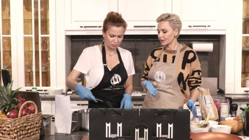 Дарья Повереннова в кулинарном проекте Ксении Лавровой-Глинка