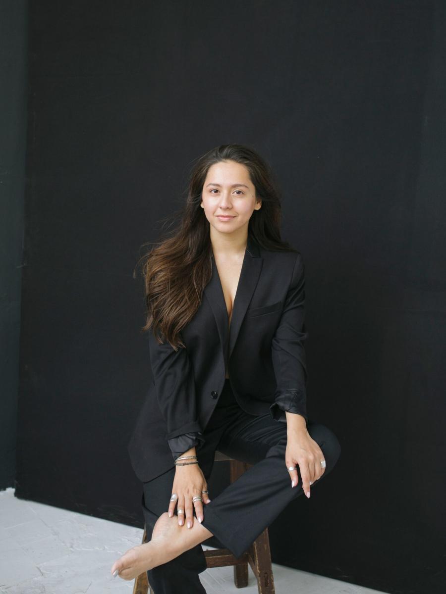 Певица MANIZHA станет спикером Петербургского культурного форума