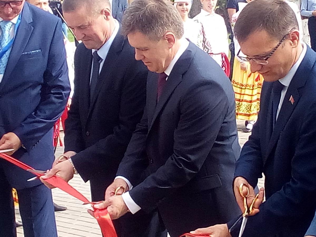 В белорусской глубинке торжественно открыли музей памяти известного белорусского художника