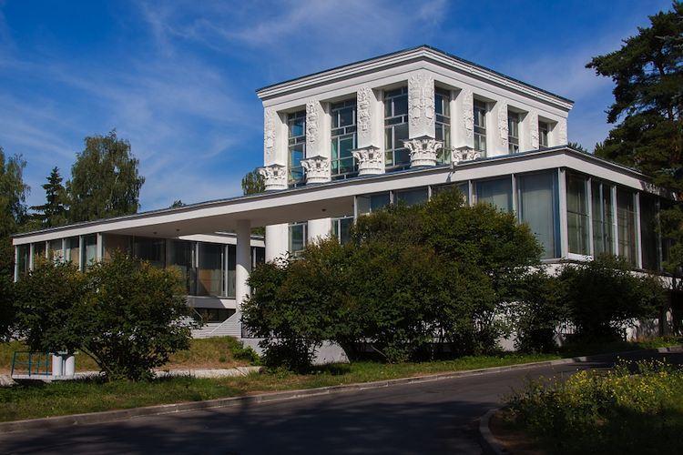 Национальный фонд поддержки правообладателей подарил Музею кино архив Андрея Тарковского
