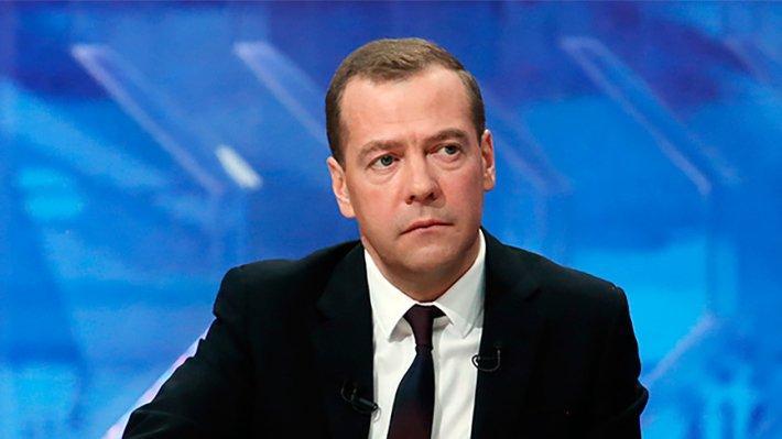 Медведев заявил о запуске в Китае телеканала «Катюша»