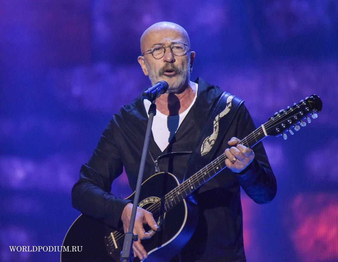 Новинки «Радио Шансон»: Александр Розенбаум с премьерой композиции «Стоп, стоп, стой»