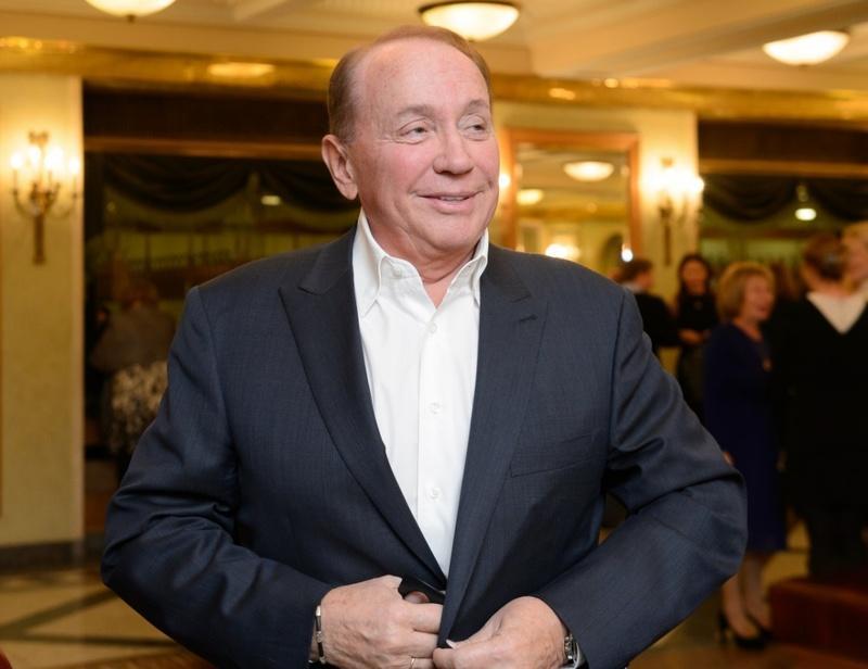 Александр Масляков приедет в Екатеринбург, чтобы помирить «Уральских пельменей»