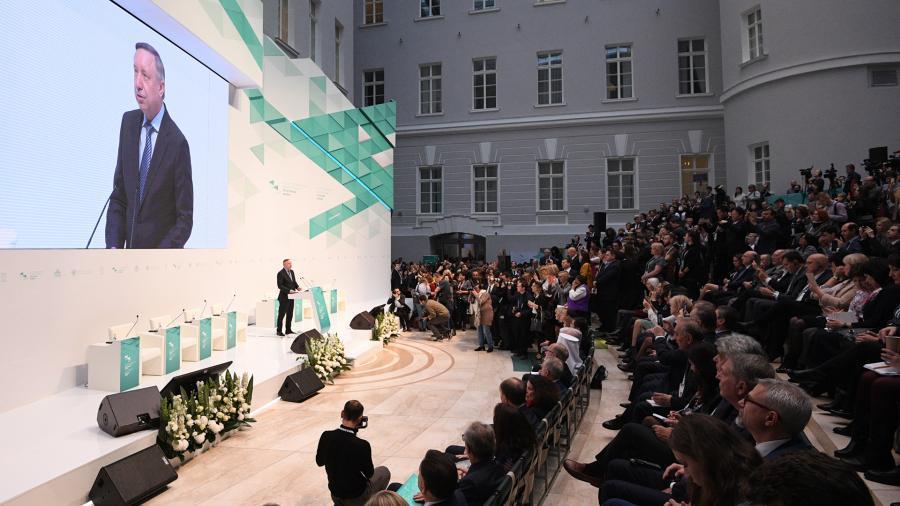 Беглов поздравил Китай с первым участием в петербургском культурном форуме
