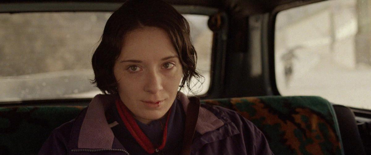 «Разжимая кулаки» – второй полнометражный фильм режиссёра Киры Коваленко