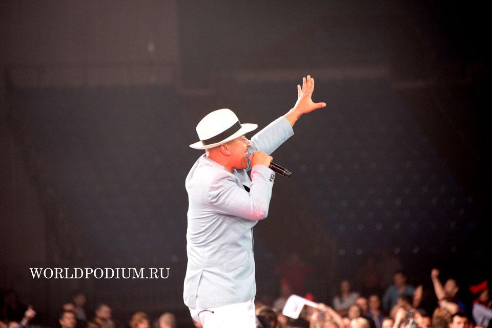 Lou Bega (Легенды Ретро FM)  Фото он-лайн трансляция