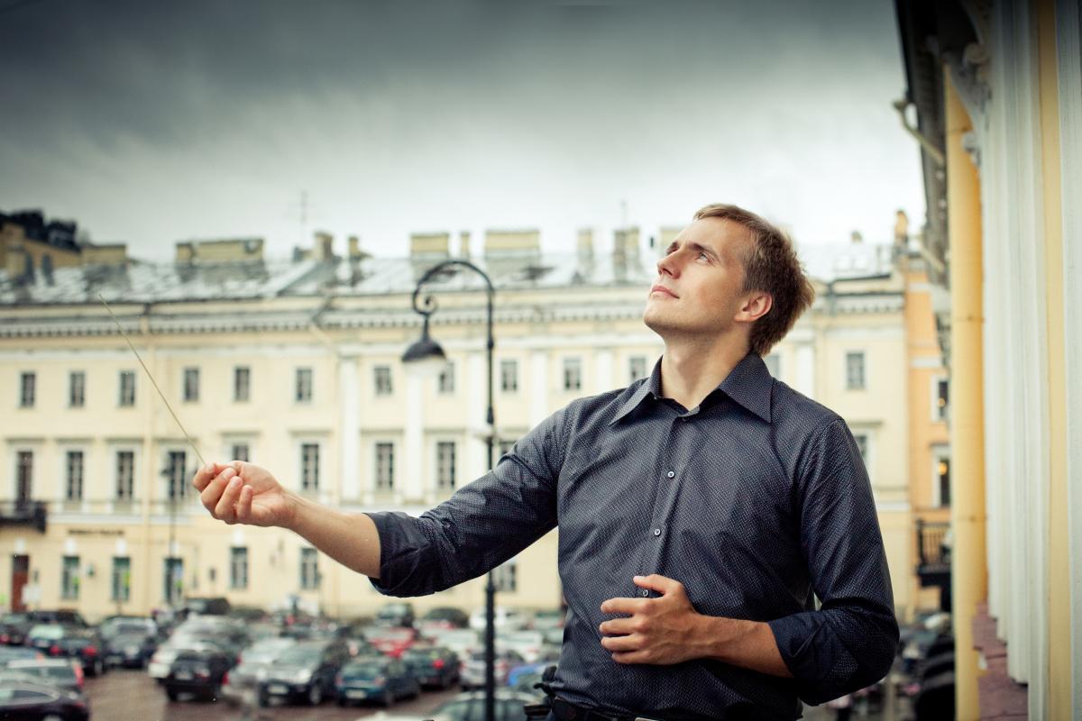 Академический симфонический оркестр филармонии под управлением Василия Петренко выступит в Санкт-Петербургской филармонии