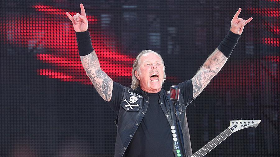 Лоза обвинил спевшую «Группу крови» Metallica в «кабацком подходе»
