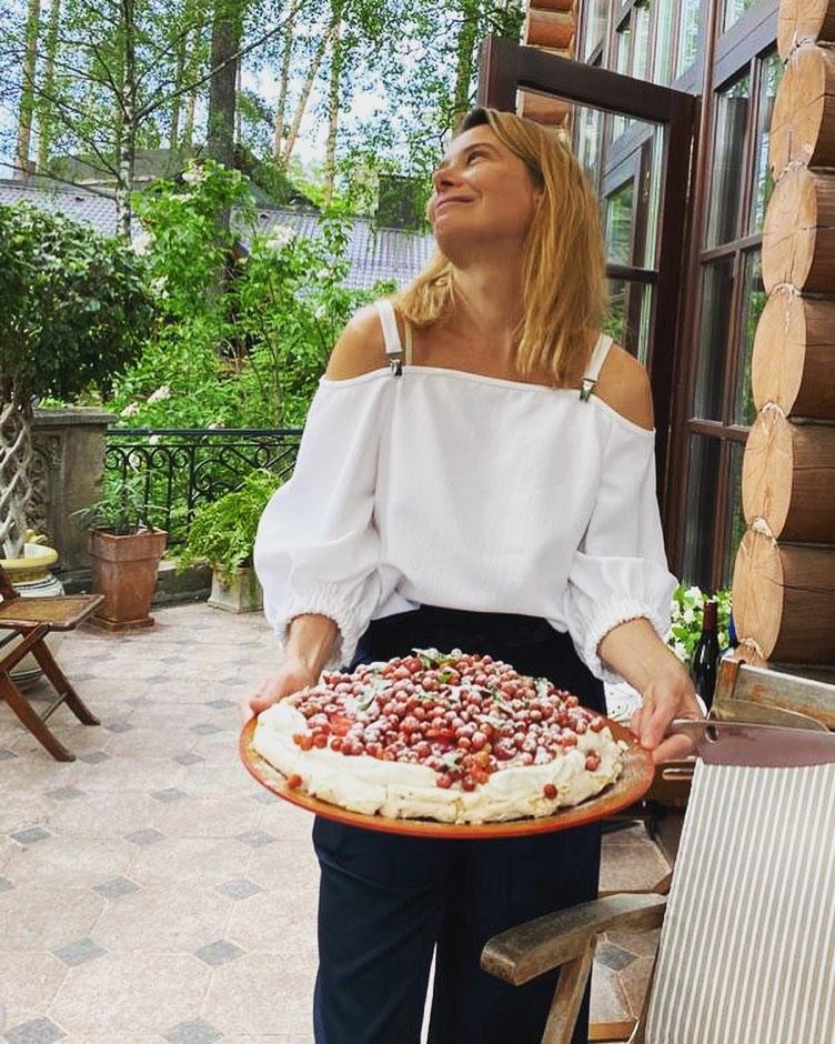 Аппетитная меренга от Юлии Высоцкой