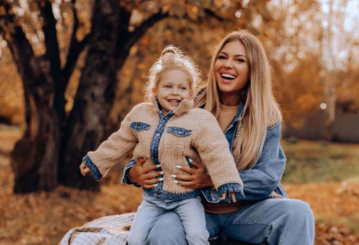 Рита Дакота выпустила песню «Колыбельная» в поддержку детей-сирот