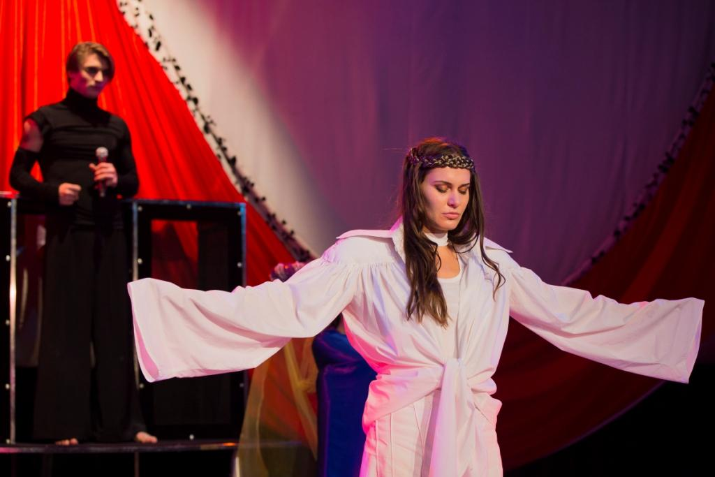 Возвращение «Жаворонка» в «Театр Луны»